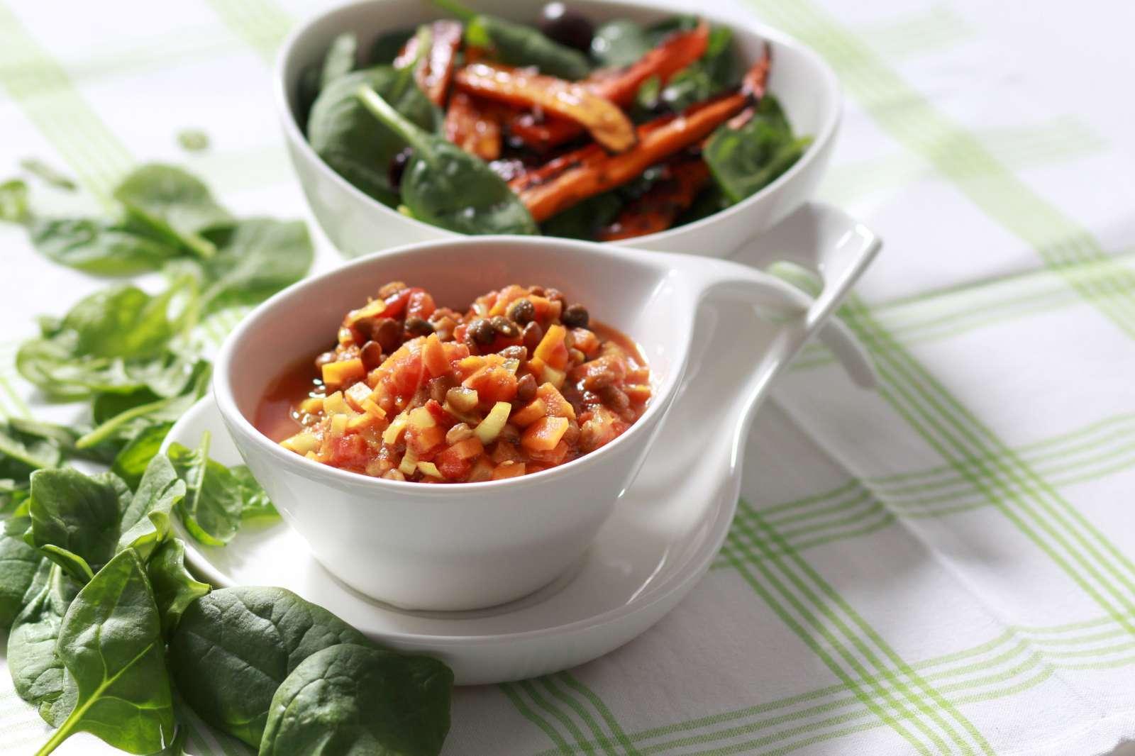 Morotssallad med spiskummin och tomat